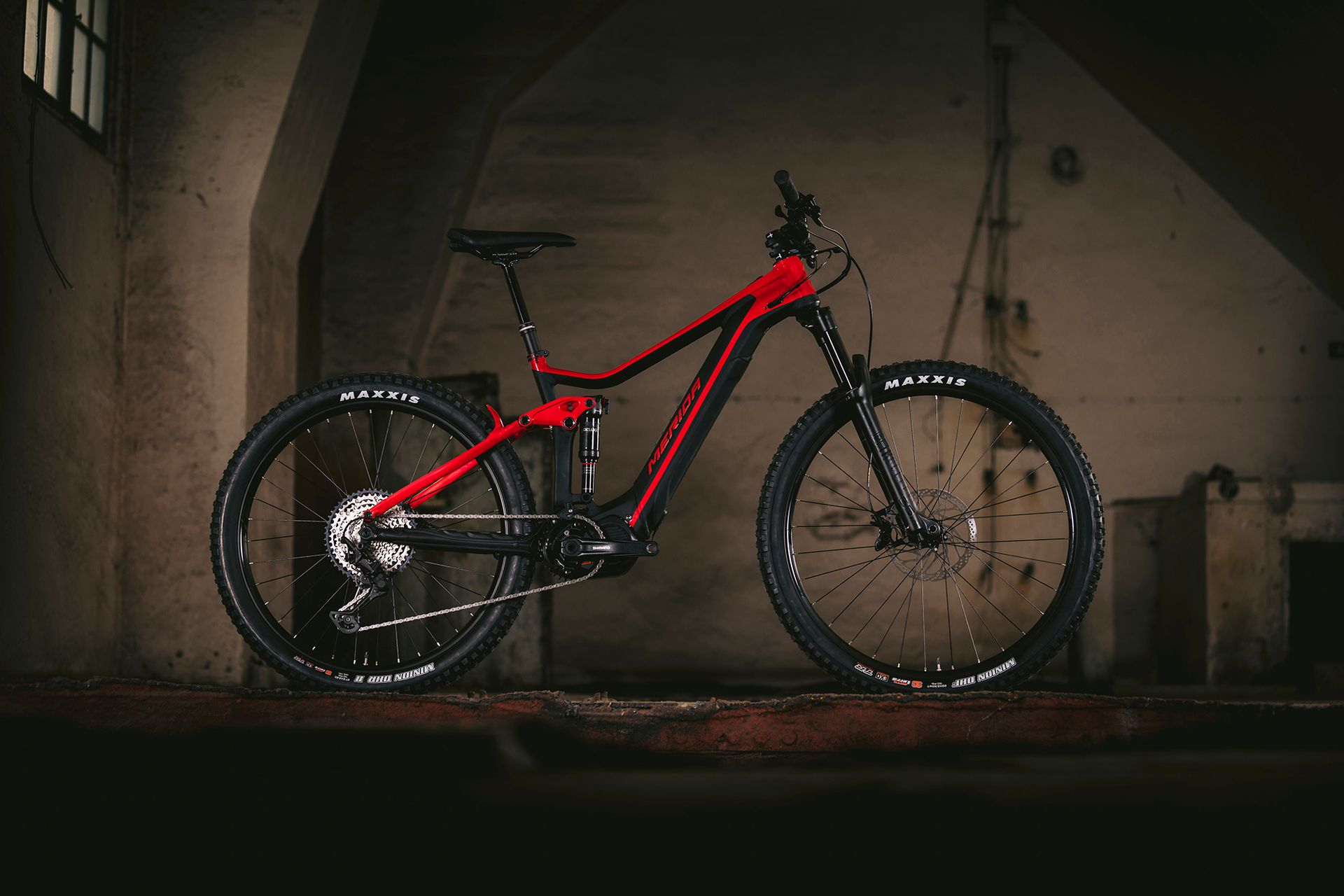 20-slider-the-new-eone-forty-limited